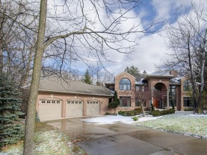 3101 W. Dobson Place, Ann Arbor MI Real Estate Listing at The Woodlands