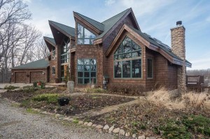 2985 Wylie Road, Dexter MI Home for Sale with Acreage
