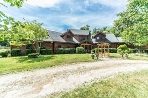 13777 Orchard Ridge, Chelsea MI 48118 Expasive Log Home on 6 Acres