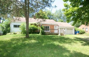 2546 Carlton, Ann Arbor MI 48104 Home for Sale in the Oak Park Subdivision