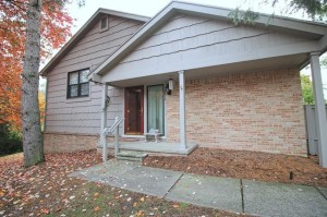 2210 Rivenoak Ct., Ann Arbor MI 48103 Condo at Newport West