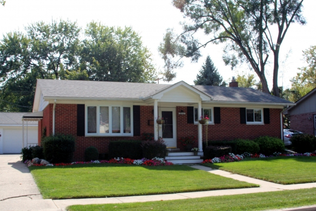 Hollywood Park Subdivision, Ann Arbor Neighborhood Real Estate Report