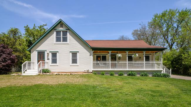 1383 East Dawson, Milford MI Remodeled Farmhouse