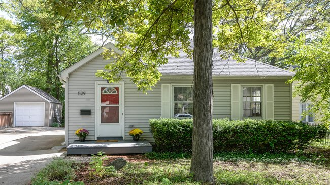 1129 Birk Avenue, Ann Arbor MI Home in Allmendinger Heights
