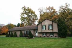 11933 Earl, Pinckney MI Home for Sale